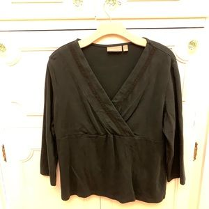 Croft and Barrow Black V Neck Blouse